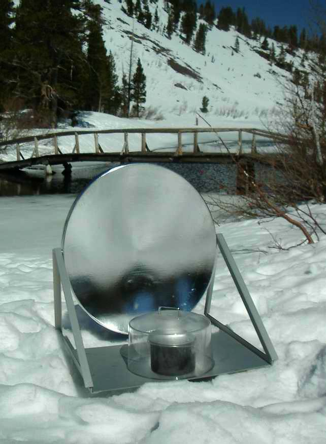 ClearDome SolaReflex 900 (discontinued) cooks in snow with our Clear Dome pot cover